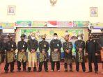 Ketua DPW LMB Provinsi Kepri, Datok Panglima Azman Zainal, Pjs Bupati Karimun, Heri Andrianto, bersama Pengurus LMB