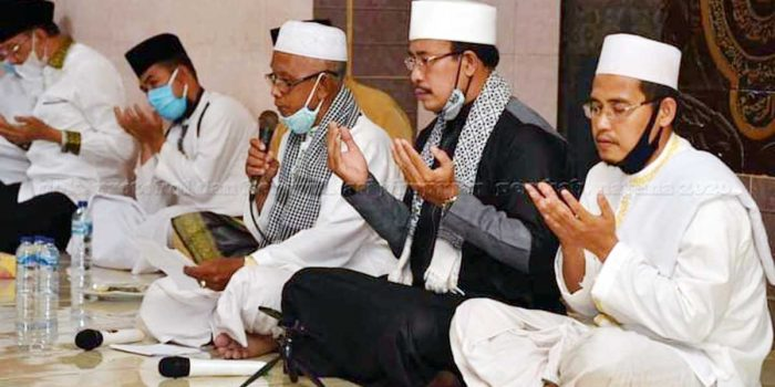 Bupati Natuna Hadiri Tausiyah dan Doa Istiqhosah Hari Jadi Kabupaten Natuna Ke 21 3