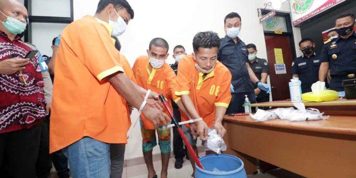 Ditresnarkoba Polda Kepri Musnahkan 1.9 Kg Sabu dari 4 Pengedar Narkoba 21