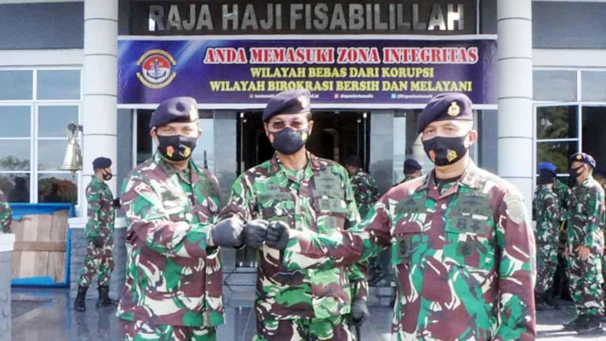 Letkol Laut (P) Didik Hermawan Resmi Jabat Danlanal Dabo Singkep 1