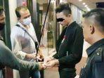 Ditresnarkoba Polda Kepri Amankan 4 Pelaku Tindak Pidana Narkotika di Hotel Karimun City 6