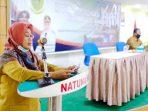 Wakil Bupati Natuna, Ngesti Yuni Suprapti, membuka secara resmi Rapat Koordinasi Pembinaan Pemerintahan Desa Kabupaten Natuna Tahun 2020