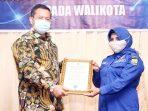 Rahma Terima Piagam Anggota Kehormatan Dari IKAPTK 9
