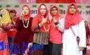 """Meriahkan HUT IWP Ke 15, Dwi Ria Latifa Tambah Hadiah """"DUA KULKAS"""""""