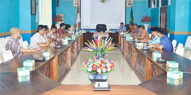 Rapat Penetapan Batas Wilayah Kecamatan Pulau Tiga dan Bunguran Barat