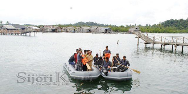 """Jembatan Roboh, Danlanal Dabo Singkep """"BERI BANTUAN PERAHU KARET"""""""