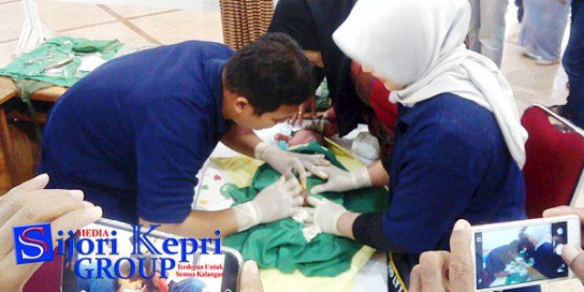 "Isak Tangis Anak Ikuti ""SUNATAN MASSAL PT PG"""