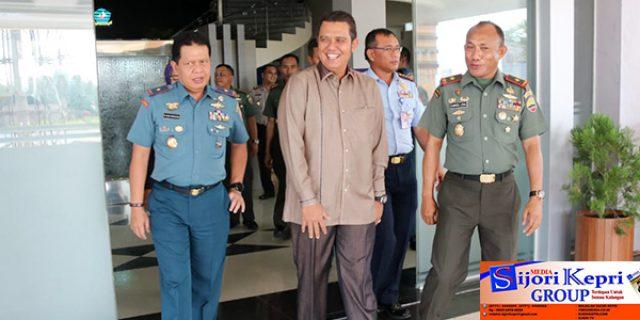 """Bupati Bintan : TMMD Bukan Hanya """"MEMBANGUN FISIK"""""""