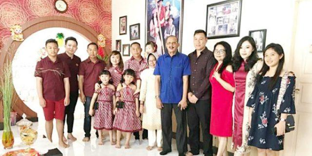 Hamid Rizal Hadiri Perayaan Imlek di Kota Terapung