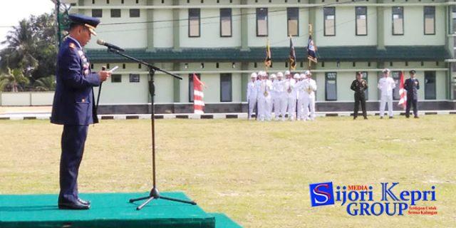 """Danlanud Ranai """"PIMPIN UPACARA"""" HUT TNI Ke 73"""