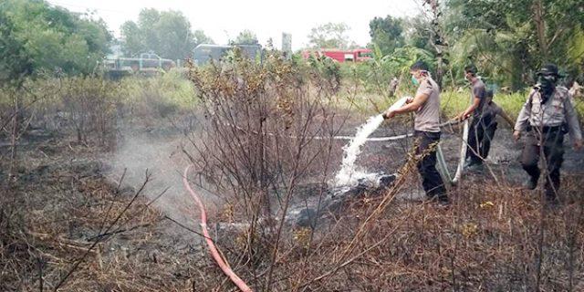 Kebakaran di Meral, Damkar Karimun Tak Kunjung Datang