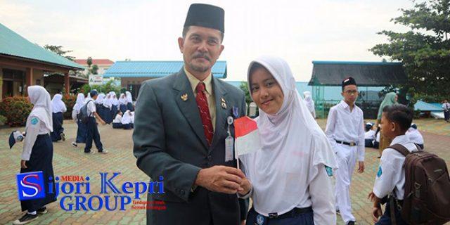 "Imelda Ardian Putri ""JUARA UMUM SEJAK SD HINGGA SMP"""