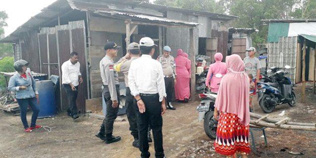 Polsek Tebing Beri Bantuan Kaum Dhuafa dan Tempat Ibadah