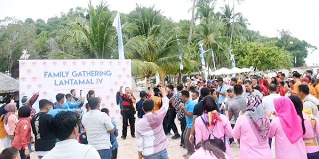 Ceria Bersama Family Gathering Lantamal IV