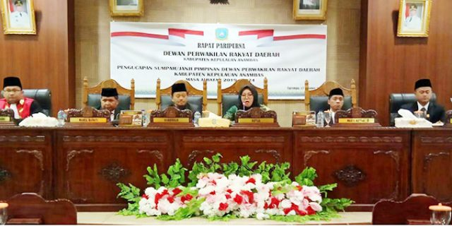 Tiga Pimpinan DPRD Anambas Defenitif Dilantik