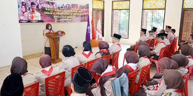 Rahma Buka Rakercab Gerakan Pramuka Kota Tanjungpinang
