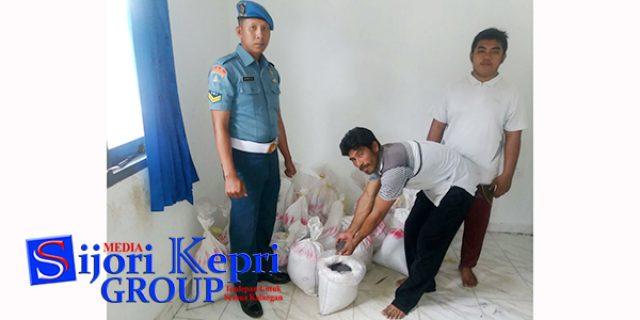 """Lanal Dabo Singkep Tangkap Kapal """"PENYELUNDUP TIMAH"""""""
