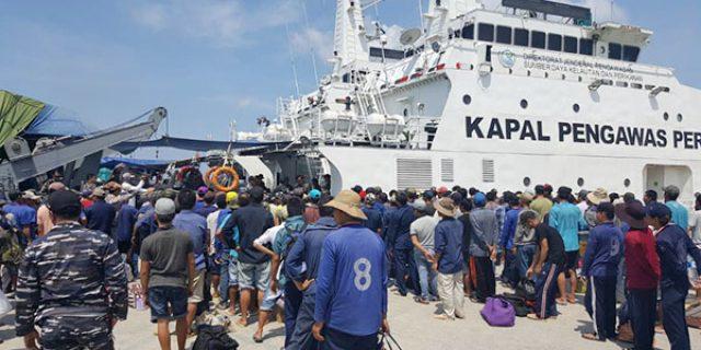 """405 ABK Kapal Illegal Fishing Asal Vietnam """"DI DEPORTASI MELALUI BATAM"""""""