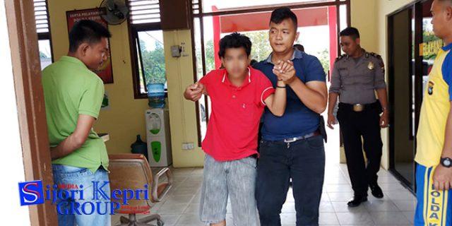 "Pekerja Kawasan Bintan Lagoon Resort ""BACOK IPARNYA"""