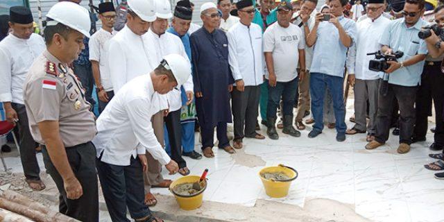 Masjid Ar Rahim Tanjung Uban Direhab
