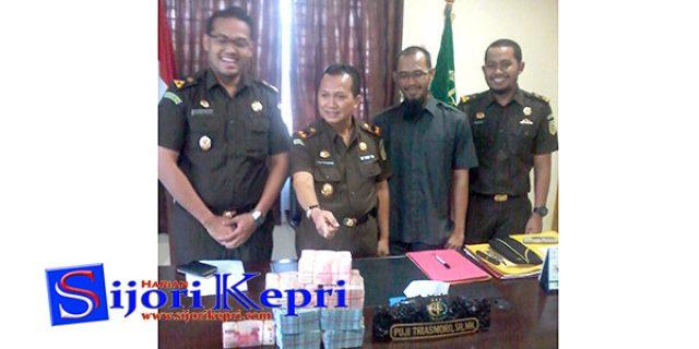 """PN Tanjungpinang """"VONIS TERDAKWA KORUPSI ALKES DINKES LINGGA"""""""