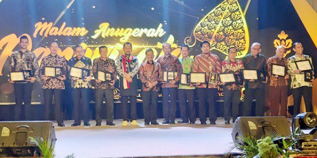 Polda Kepri Terima Penghargaan Khusus dari Gubernur Kepri