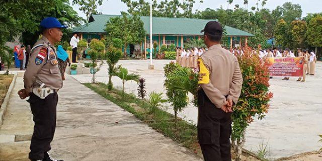 Polsek Balai Karimun Lakukan Penjagaan Sekolah