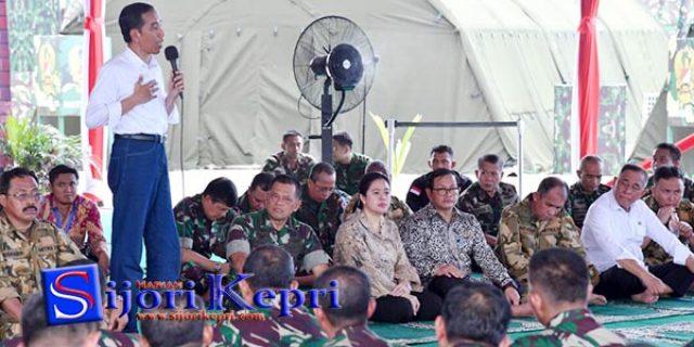 "Jokowi : Ormas Bertentangan Dengan Pancasila ""KITA GEBUK !!!"""