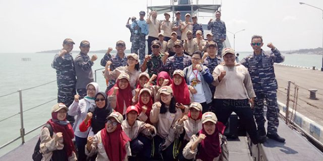Siswa Mengenal Nusantara Kunjungi KAL Anakonda
