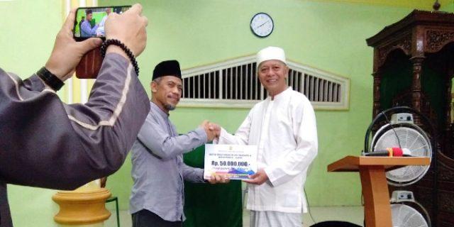 Safari Ramadhan, Syahrul Bantu Masjid As Sakinah Rp 50 Juta