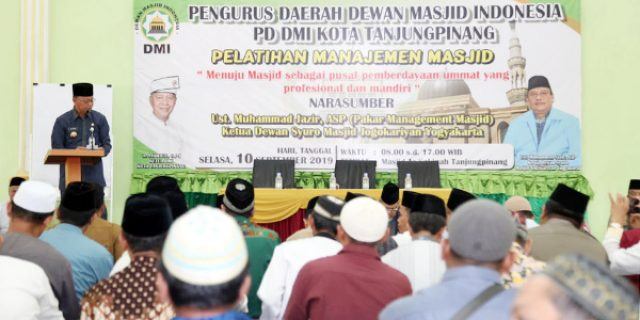 Walikota Buka Pelatihan Manajemen Masjid se-Kota Tanjungpinang