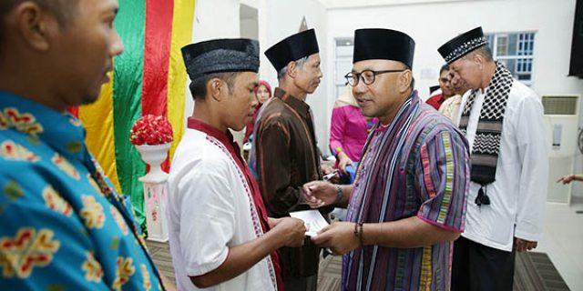 "Pemko TPI Bagikan Insentif Triwulan II ""KEPADA 848 KETUA RT/RW"""