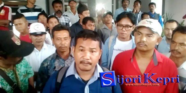 "Warga Baloi Kolam Laporkan Anggota DPRD Batam ""INISIAL JS"""