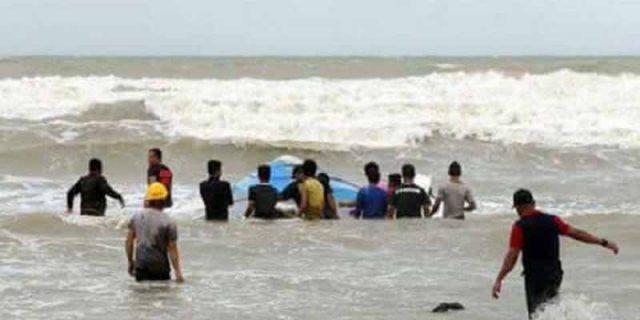 """Korban Tewas Perahu Terbalik yang """"MENGANGKUT WNI"""" Jadi 10 Orang"""
